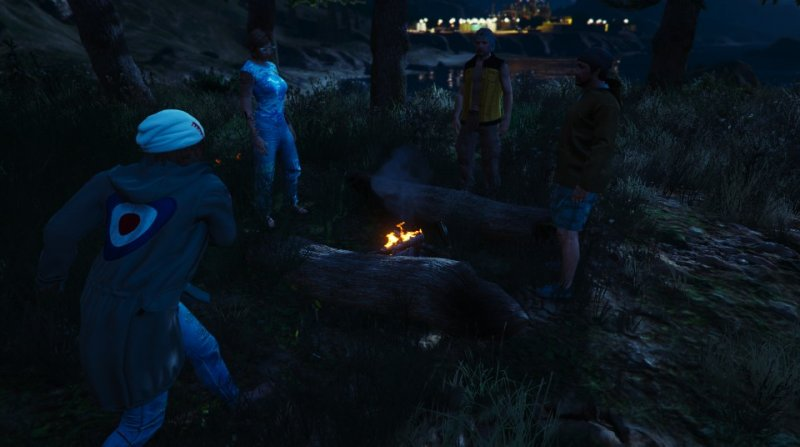 2018-05-22_Hippy55 Campfire Nemo molotov throw.jpg