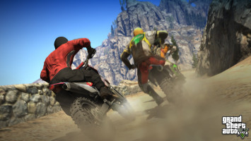 GTA 5 Dirt Bike Racing